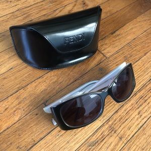 Fendi Black 90s sunglasses